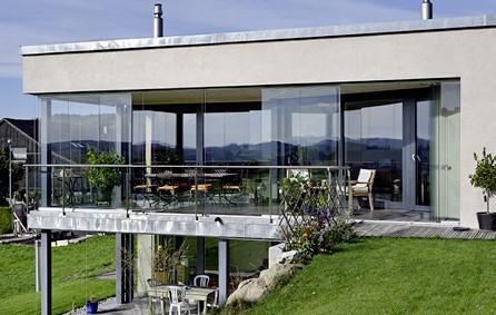 Balkonverglasung Einfamilienhaus