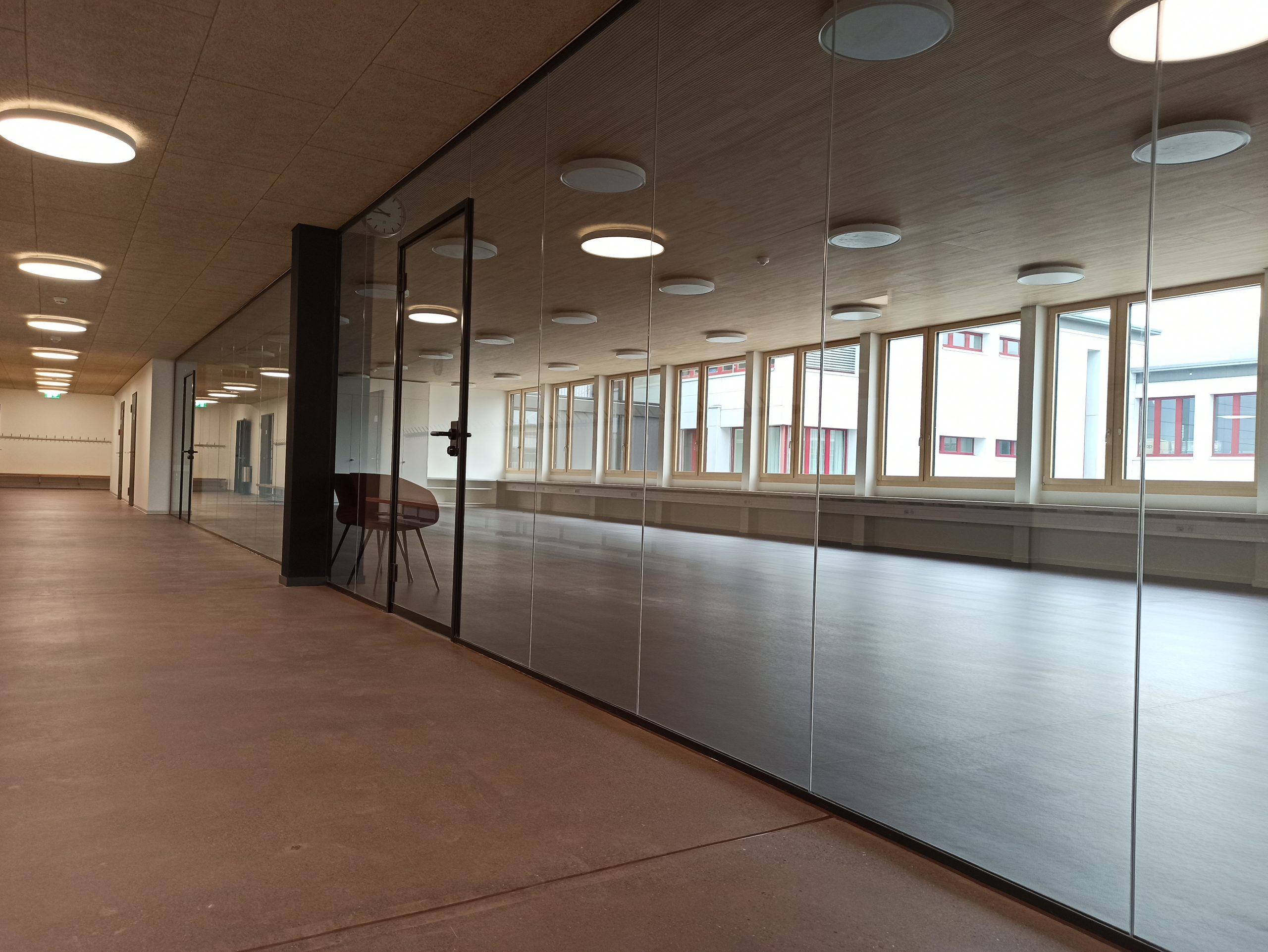 Ganzglaskonstruktion Büroraum