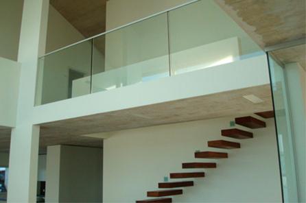 Glasgeländer Etage